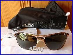 NEW Oakley Crosshair Polished Gold / Dark Grey, OO4060-01