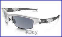 NEW Oakley Flak Jacket Sunglasses, Polished White / Black Iridium, 03-882