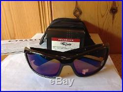 NEW Oakley Polarized Hijinx Polished Black / Shallow Blue Polarized, 26-233