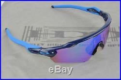 New In Box Oakley Sunglasses Radar EV PRIZM Golf Navy 009275-05