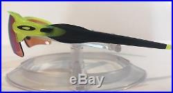 New Oakley Flak 2.0 XL Sunglasses OO9188-11 Uranium Frame with Prizm Golf Lens