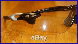 New Oakley RADARLOCK PATH VENTED Polish Black/Clear Black Photochromic OO9181-36