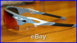 New Oakley Radarlock Path 30 yrs Sport Collection Polished Fog/Red Iri OO9206-18