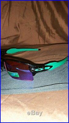 New Oakley Sunglasses Flak 2.0 XL Plsh Black withPrizm Golf #9188-7059 New In Box