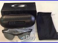 Oakley Carbon Blade Sunglasses Carbon Fiber Black Iridium Polarized OO9174-03