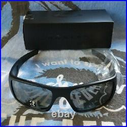 Oakley Crankshaft Black Polarized Mirror Sunglasses Fishing Golf Unused